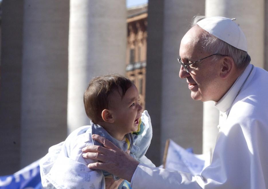 Preghiamo per un papa a fianco degli ultimi e in dialogo con tutti