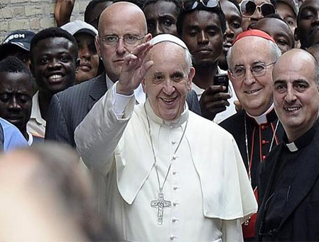 Papa Francesco al centro Astalli di Roma. Grazie Papa Francesco