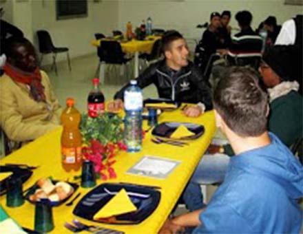 Il pranzo è servito da detenuti al centro Astalli di Catania
