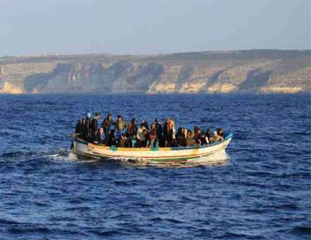 Abbandonare migranti in mare è violazione dei diritti umani, non strategia politica