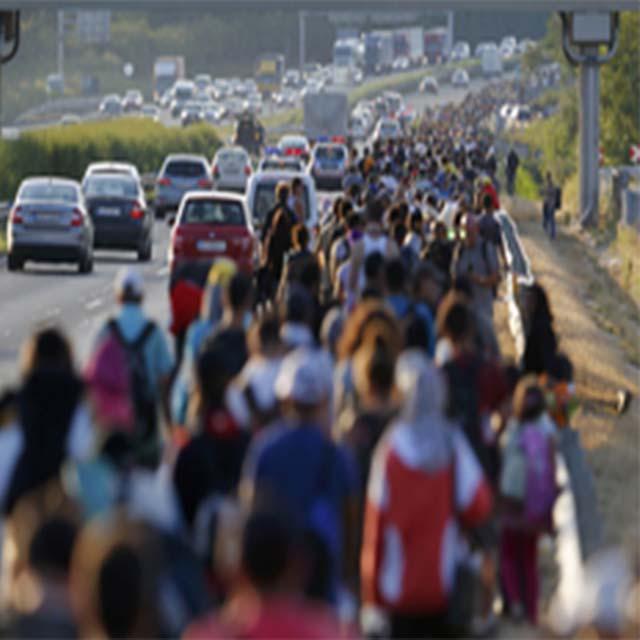 Il popolo in cammino abbatte il muro di Dublino
